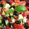 Греческий салат с авокадо к Новогоднему столу