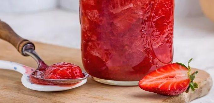 Клубничный соус из свежих ягод