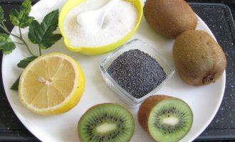 Перед началом приготовления варенья из киви с маком необходимо подготовить все компоненты. В данном случае понадобятся здоровые и сочные плоды, сахар, лимон и маковые семена.